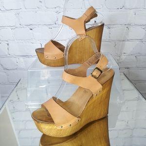 Seychelles Nude Leather Platform Wedge Sandals 7.5